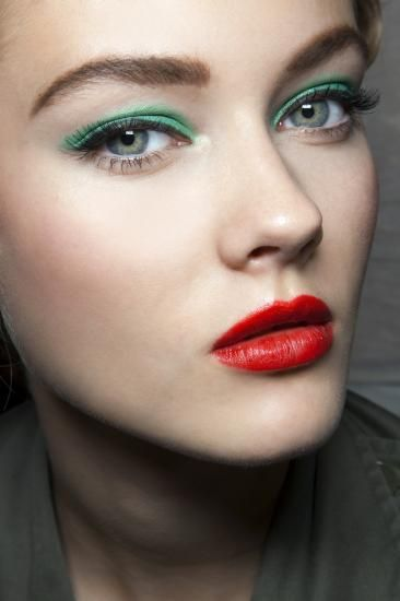 green + red #makeup #lips