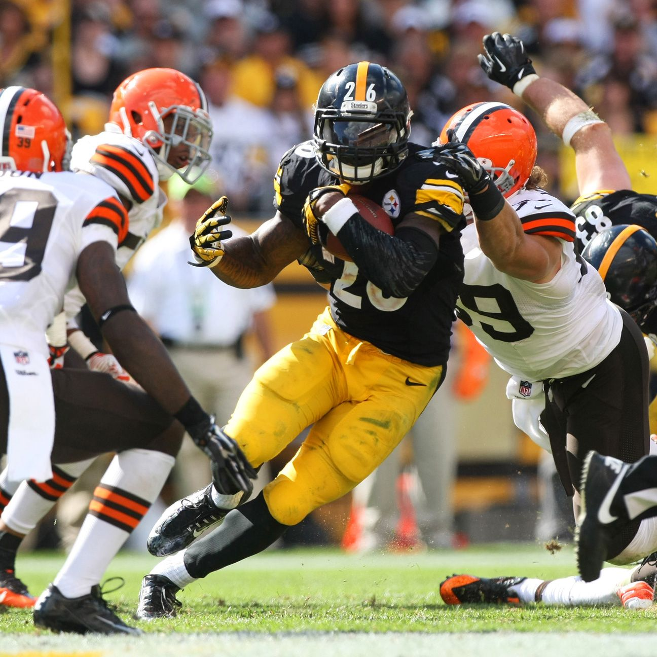 Steelers RB Le'Veon Bell close to 100 percent, waiting on