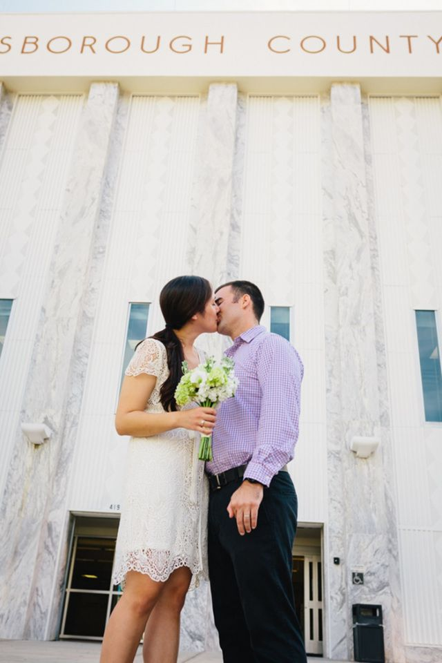 A Happy Family: An Intimate Courthouse Wedding in Tampa - Simply Elope