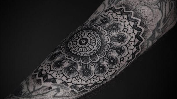 Ink by Thomas Hooper