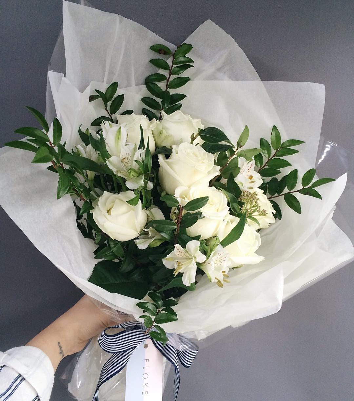 화이트 &그린은 항상 . . . . . . #장미꽃다발#마르샤…