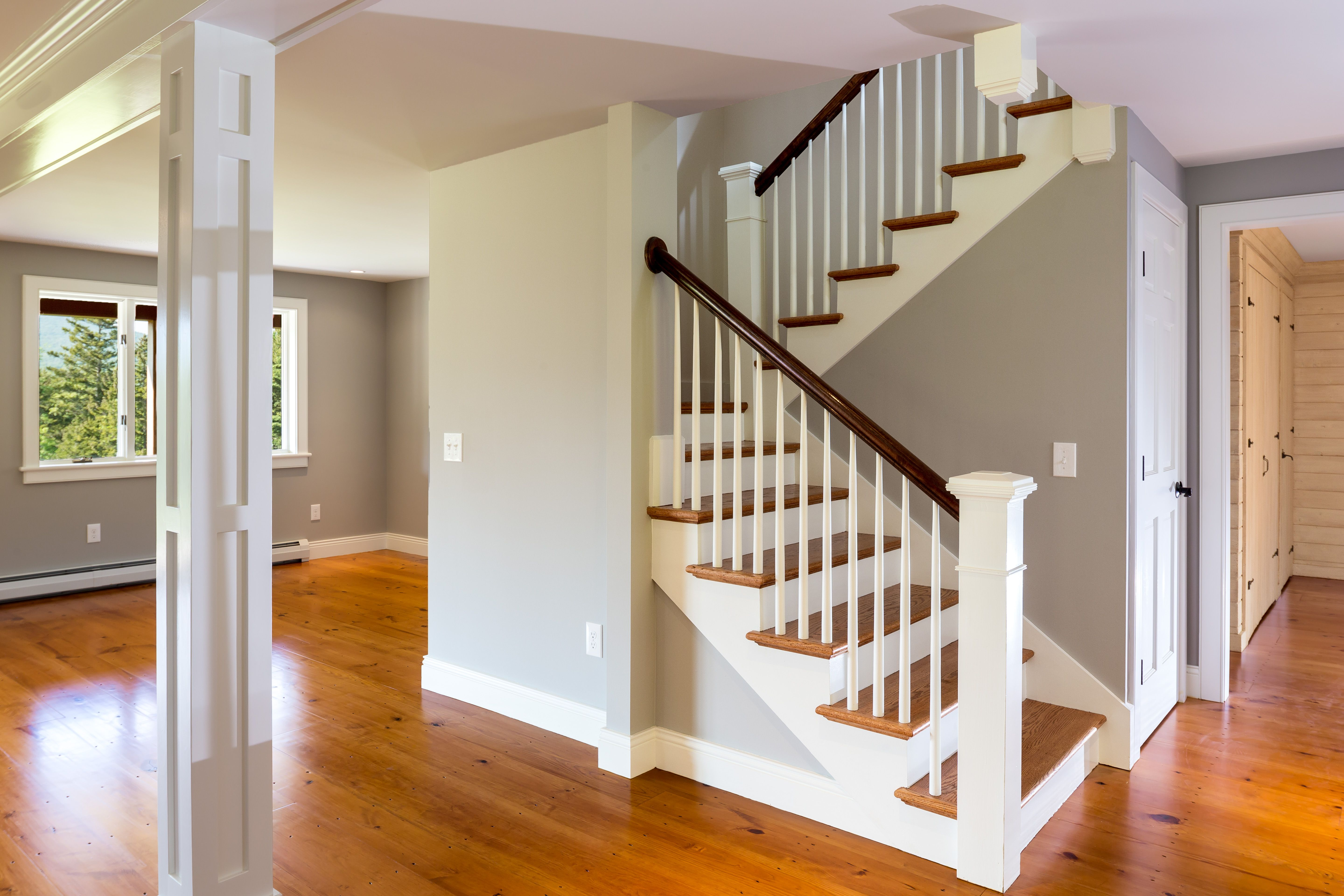 1900 39 s farmhouse staircase google search entry for Farmhouse stairs