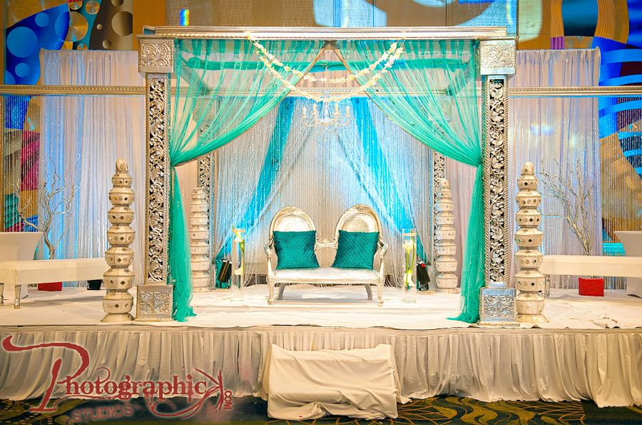 Love The Color Scheme Wedding Stage Decorations India Wedding