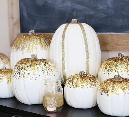 Thanksgiving: Gold Pumpkin Tablescape - See Vanessa Craft