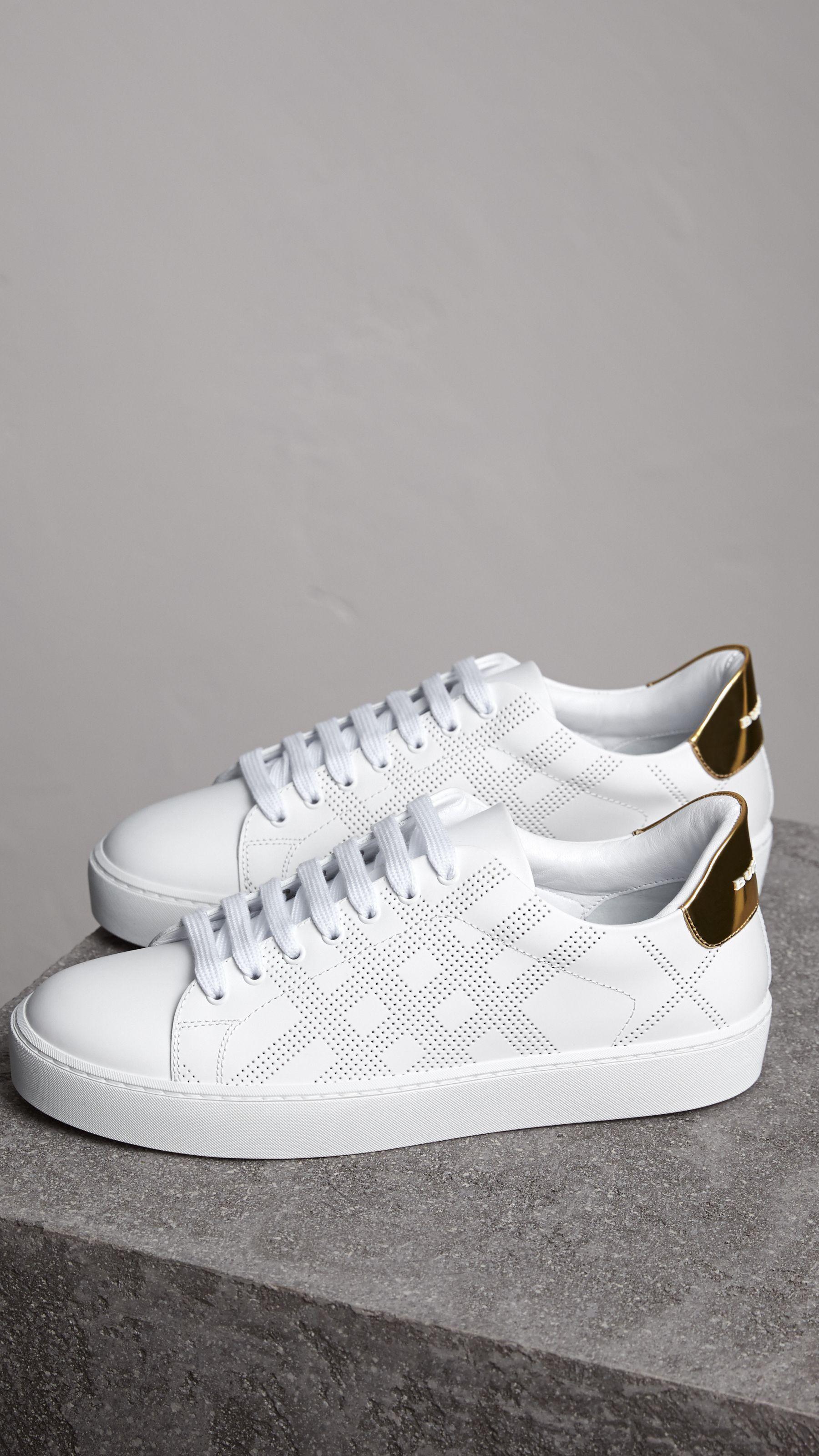 Zapatillas deportivas en piel a cuadros perforados (Blanco Óptico ...