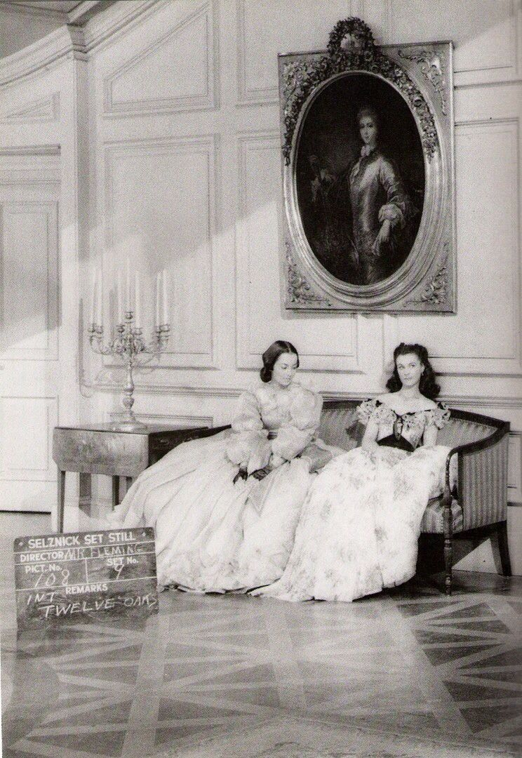 Olivia De Haviland And Vivien Leigh Gone With The Wind Gone With The Wind Vivien Leigh Olivia De Havilland
