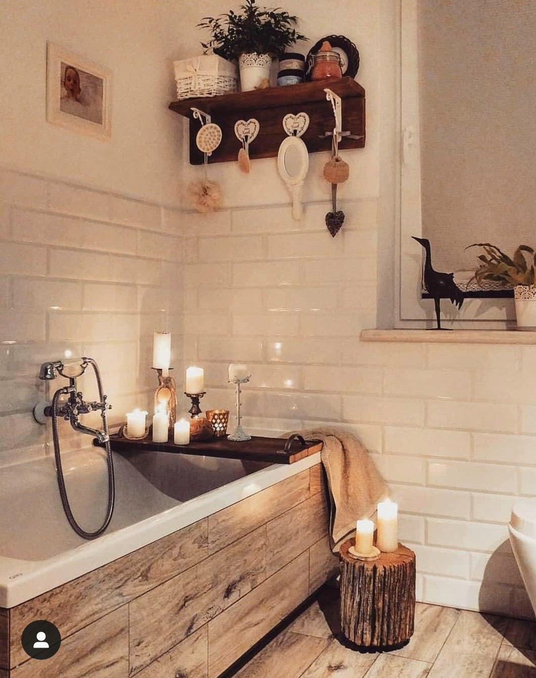 Photo of Cornice da bagno in legno