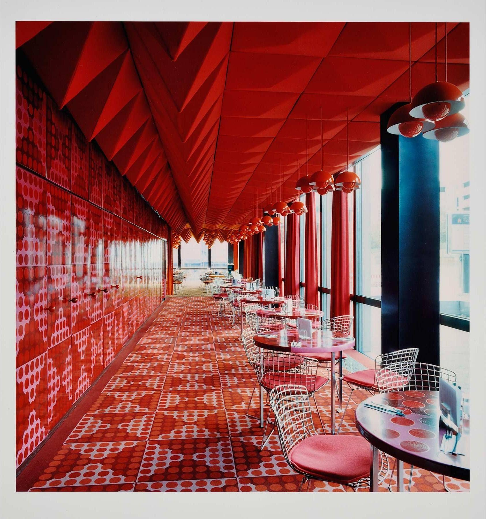 CANDIDA HOFER - SPIEGELKANTINE III - WENG CONTEMPORARY http://www.widewalls.ch/artwork/candida-hofer/spiegelkantine-iii/ #photography