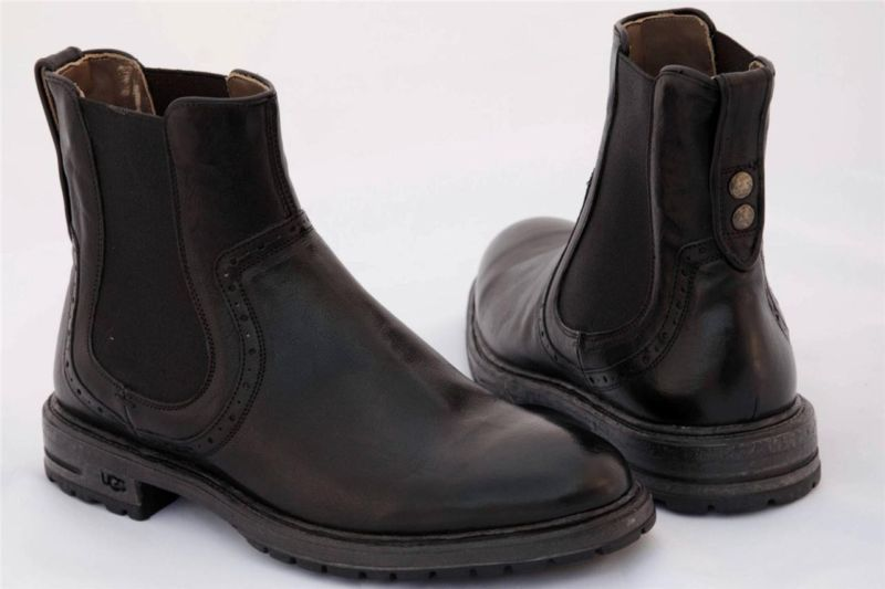 fc2b56c5d5d8 UGG ITALIAN COLLECTION STEVANO BLACK LEATHER ANKLE BOOTS SIZE US 9  UK  8 EUR 42