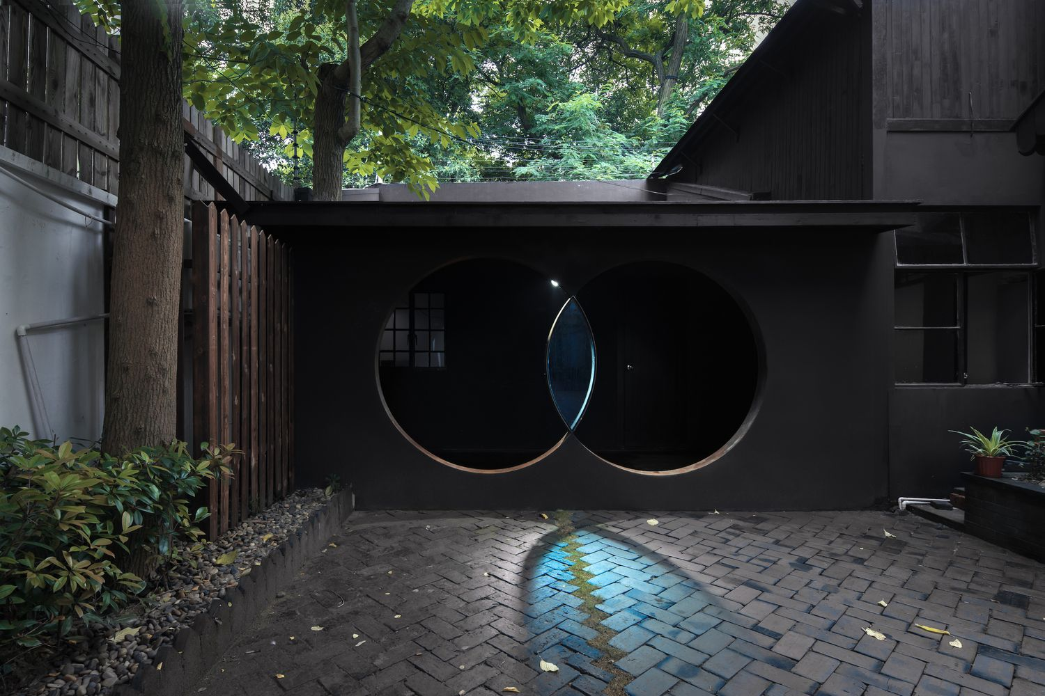 Gallery of The Third Eye-Micro Renovation / Wutopia Lab - 1