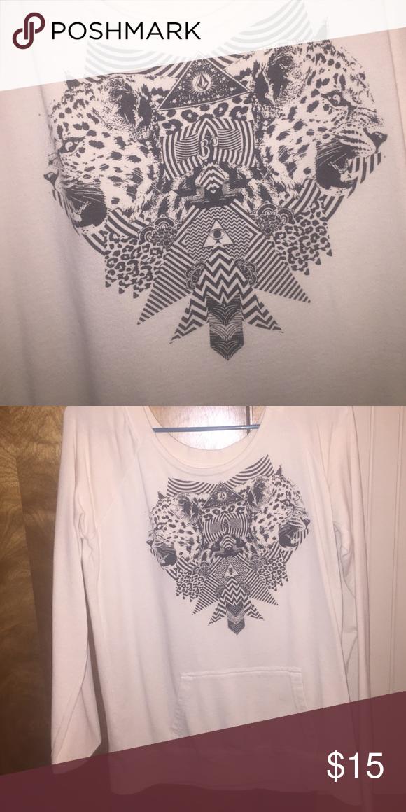 Volcom sweatshirt Volcom sweatshirt with pocket. Leopard/geometric design. Fits loosely. Volcom Sweaters Crew & Scoop Necks
