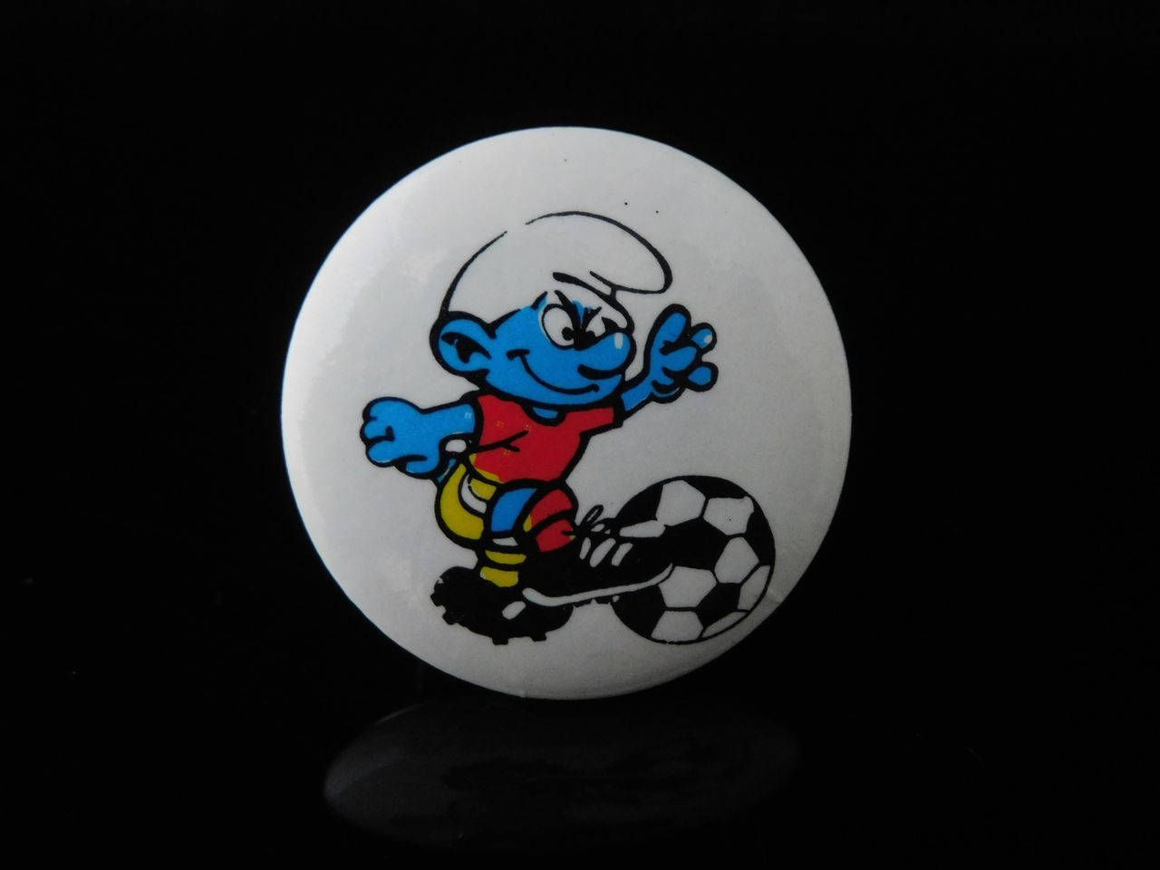 Vintage Logo Pin Badge Miniature Toys Soccer Football