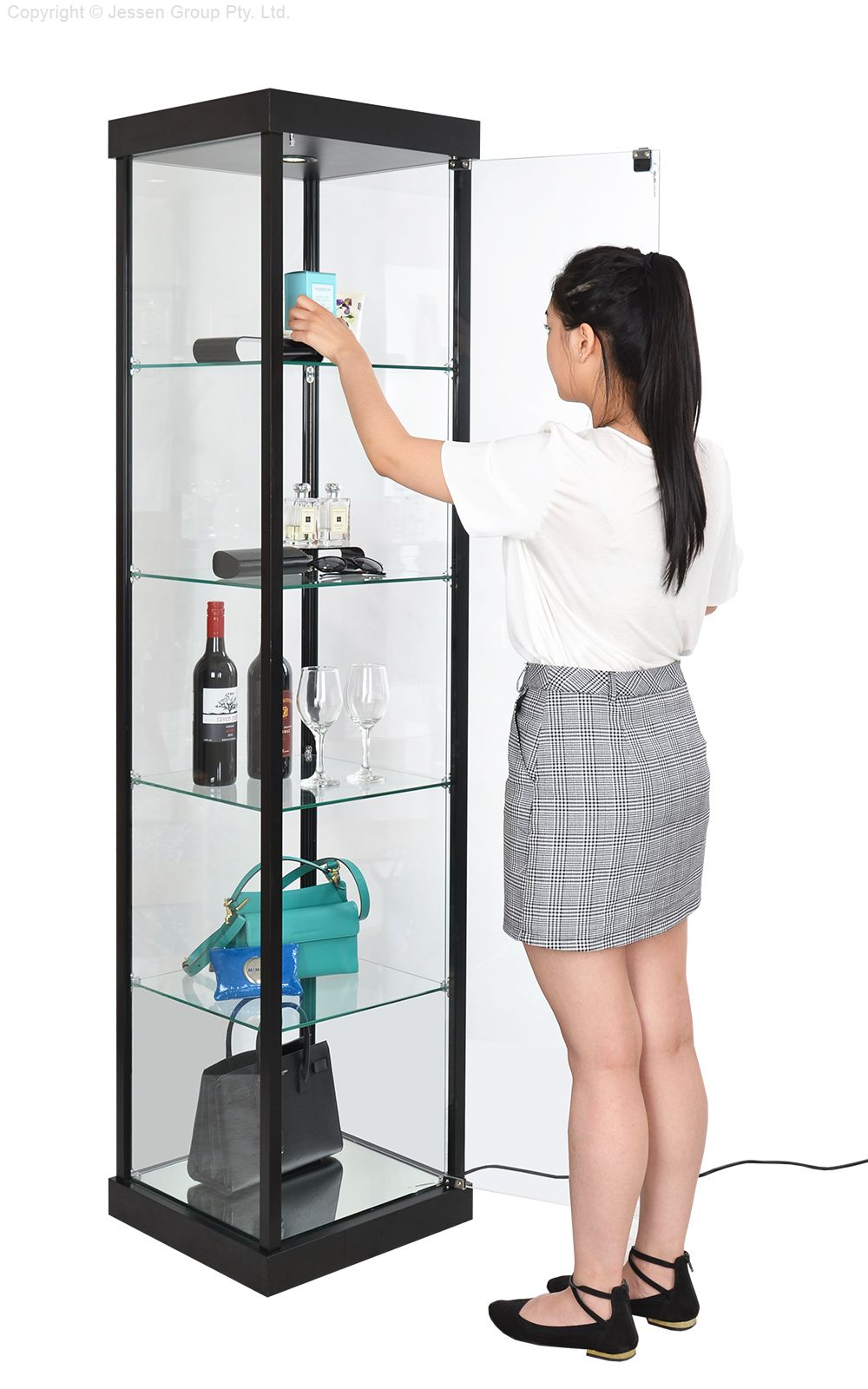 Glass Display Cabinets Make A Great Addition To Any Retail Store