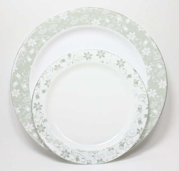 Google Image Result for http://bridalhotlist.com/wp-content/uploads/2012/10/Venezia-Plate-Set.jpg