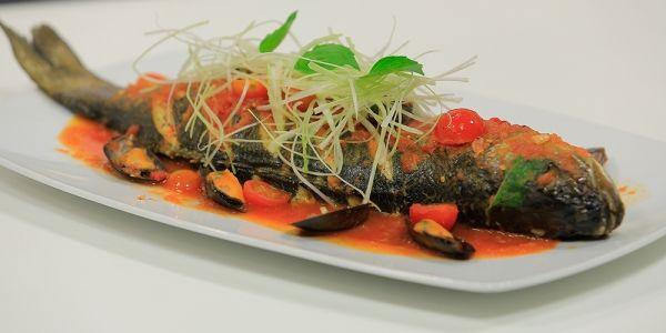 Cbc Sofra طريقة تحضير قاروص بصوص المحار رانيا الجزار Recipe Food Seafood Beef