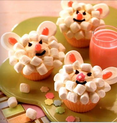 Lamby cupcakes - fun for Easter!