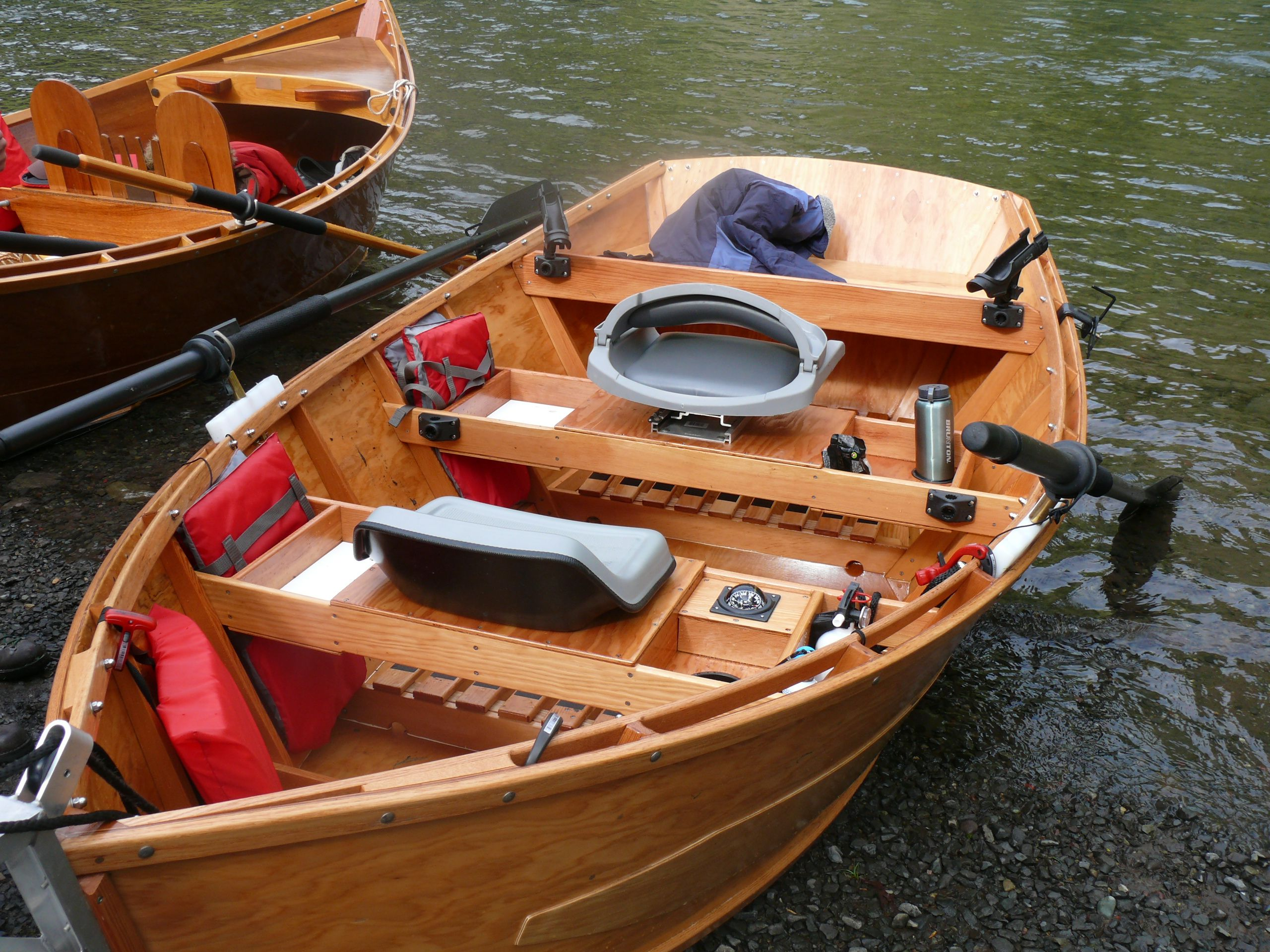 A nice version of a dual purpose drift motor boat called for Drift boat fishing