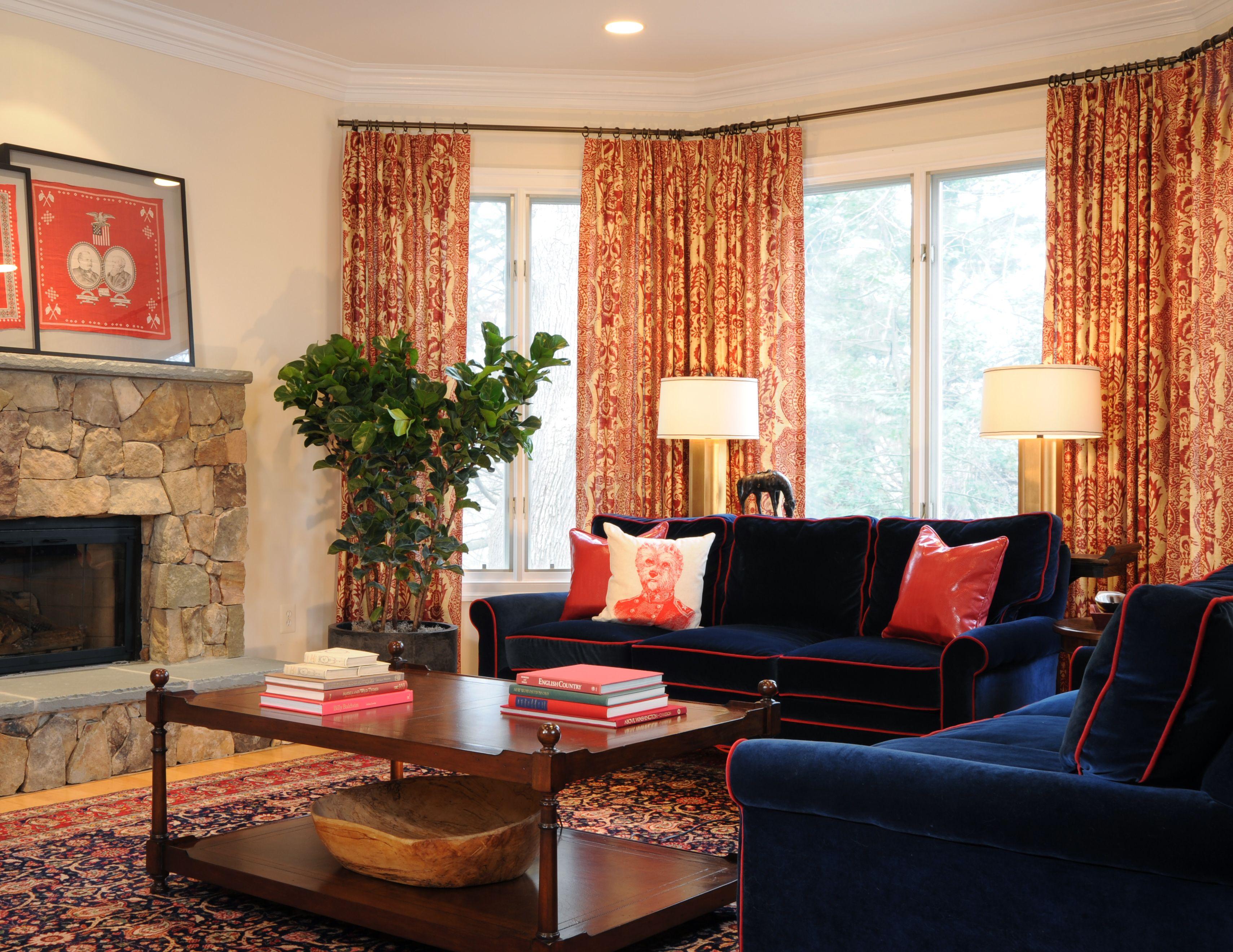 Class Red And Blue Family Room Designed By Bossy Color Annie Elliott Interior Design Decoração Salas