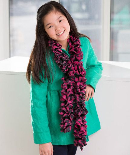 Paulina\'s Ruffled Scarf Free Crochet Pattern from Red Heart Yarns ...