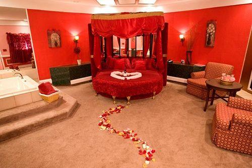 Heart Shaped Beds Romantic Bedroom Decor Beautiful Bedding Romantic Bedroom