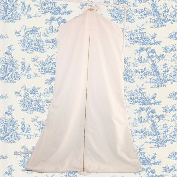 11 Bridal Garment Bags To Buy For Your Wedding Day Garment Bags Garment Dresses