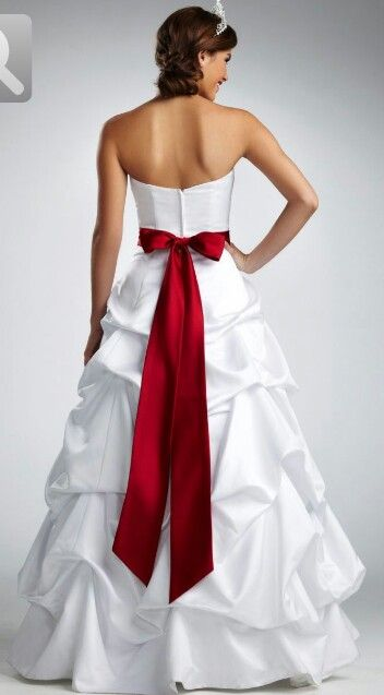Red And White Wedding Dress Want Mine To Look Like This Red Wedding Dresses White Wedding Dresses Colored Wedding Dresses