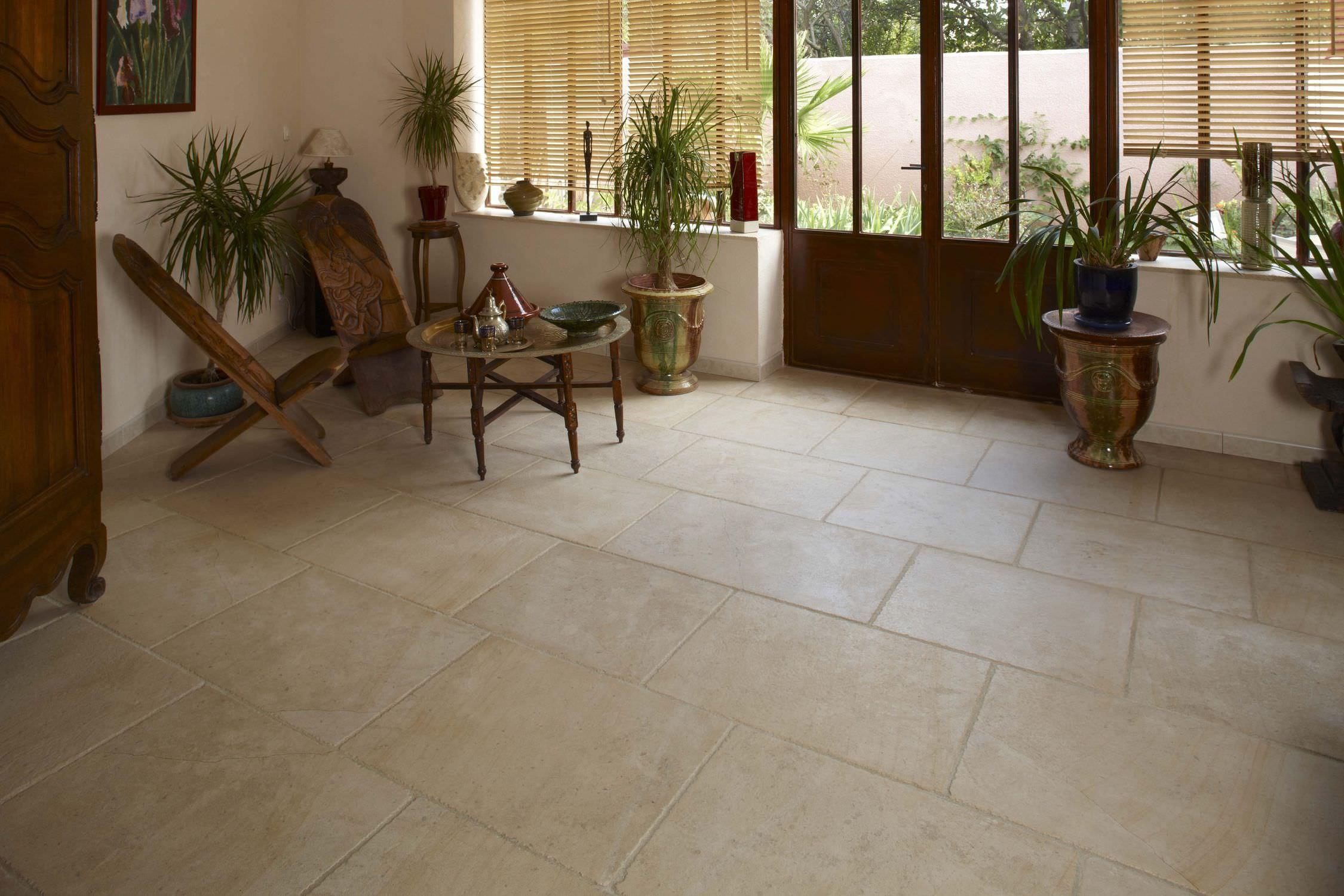 Carrelage de sol / en pierre naturelle - AUBEROCHE QUERCY BLANC ...
