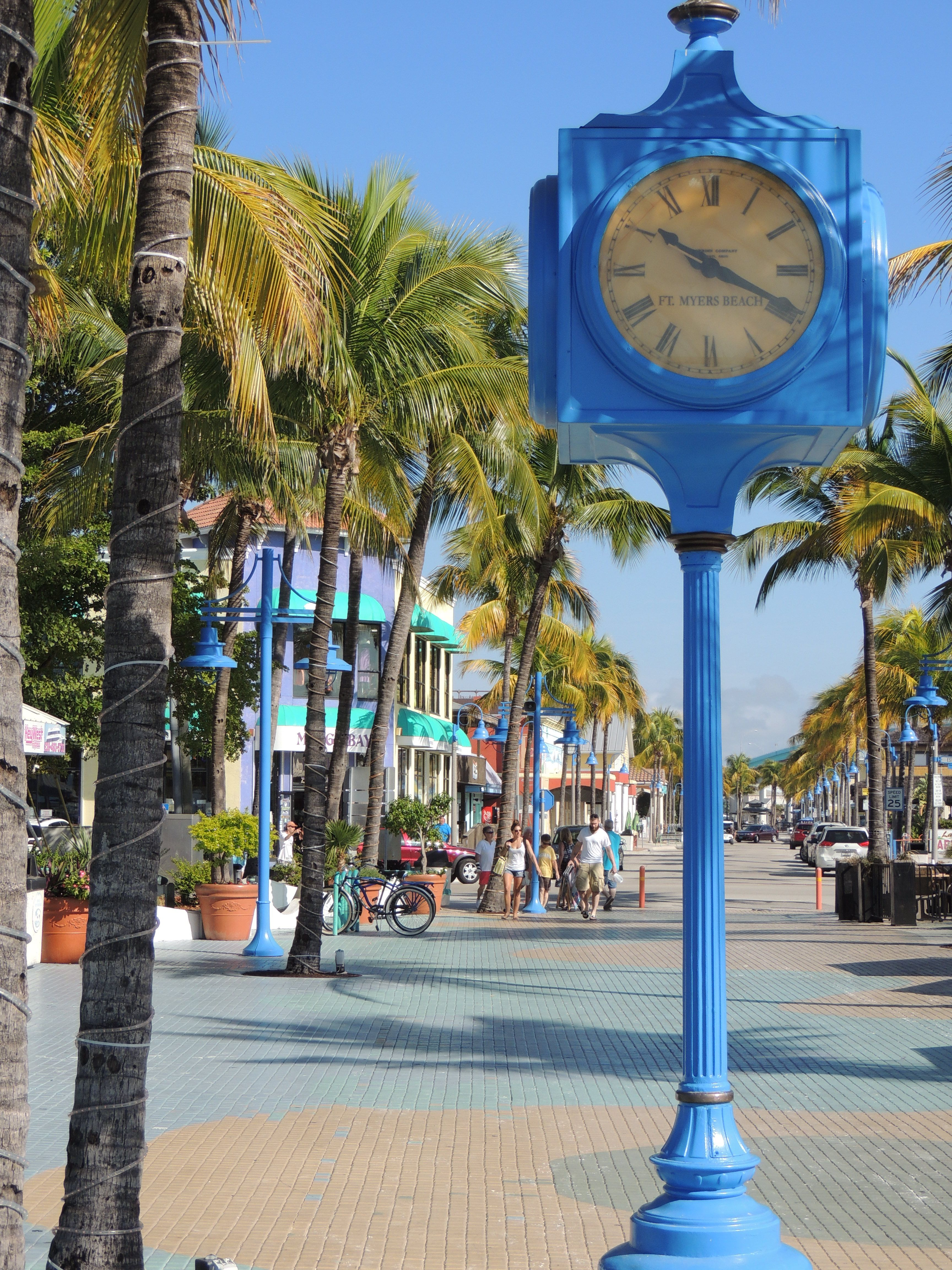 Times Square Fort Myers Beach Fl