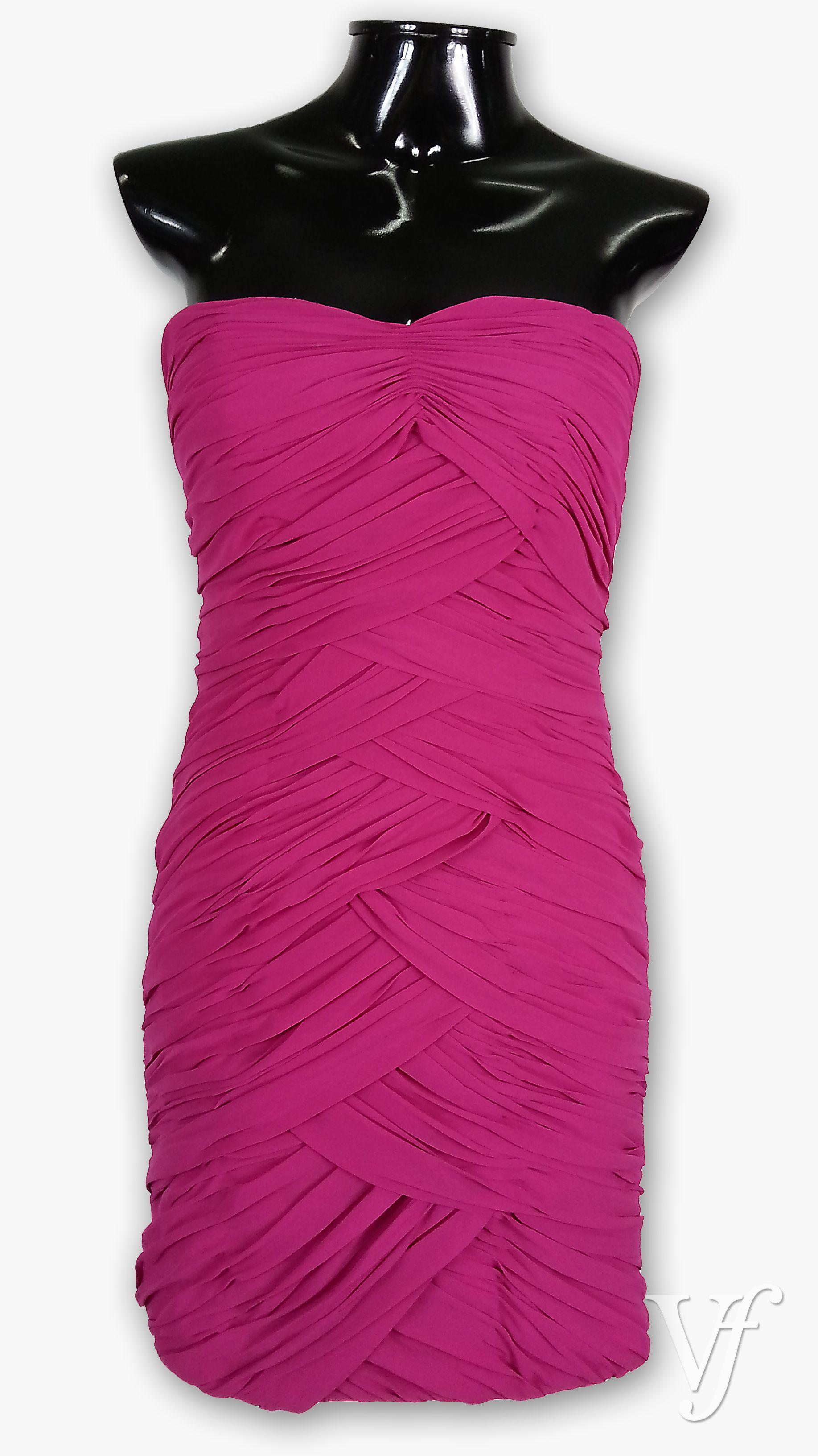Vestido de festa curto em Chiffon na cor rosa pink. Com elástico ...