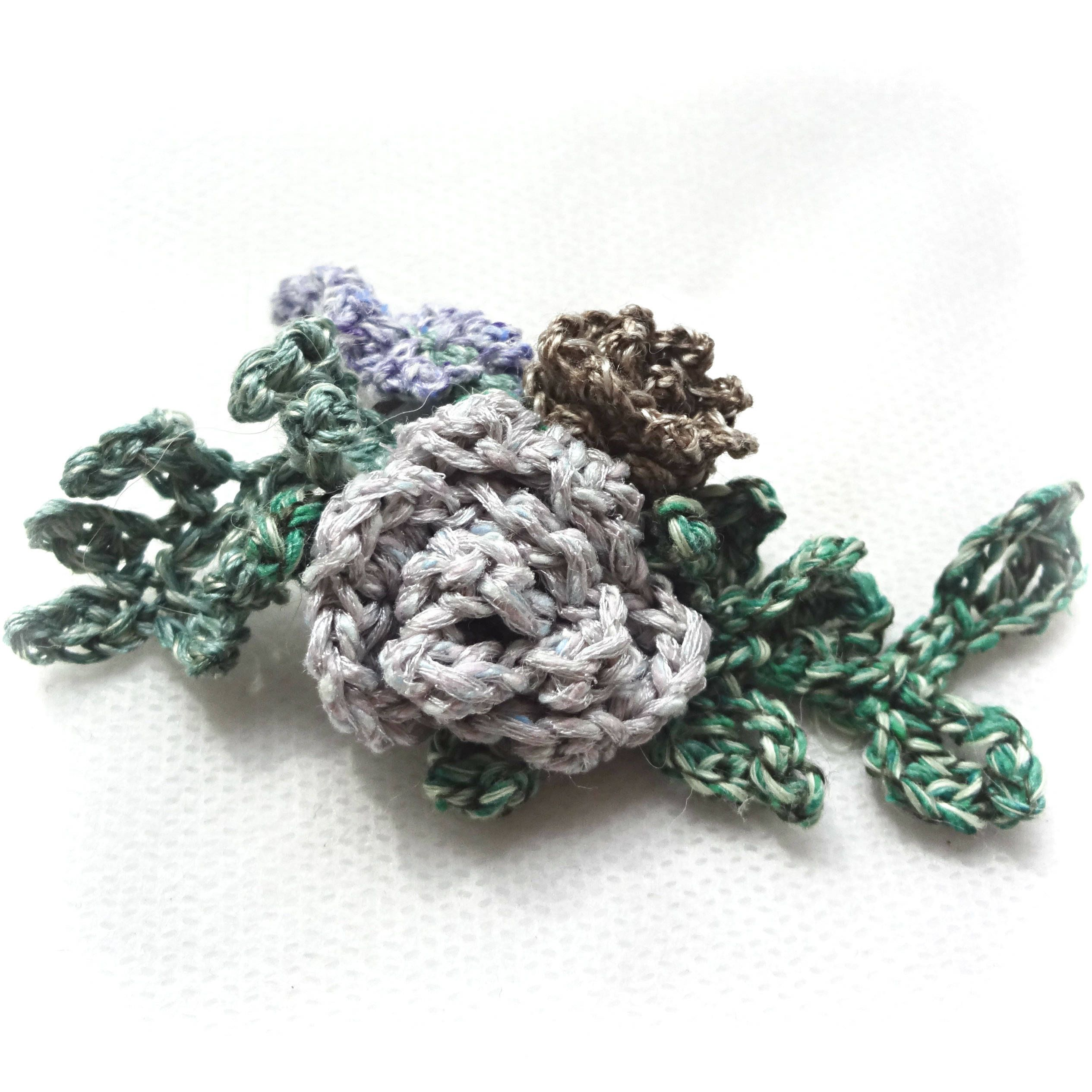 poppy brooch pin and auntie pattern crochet crocheted