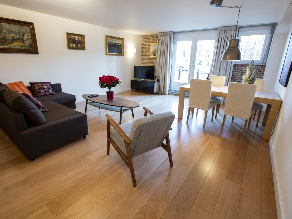 Perfect central and quiet Canal Apartment - Amsterdam City ...