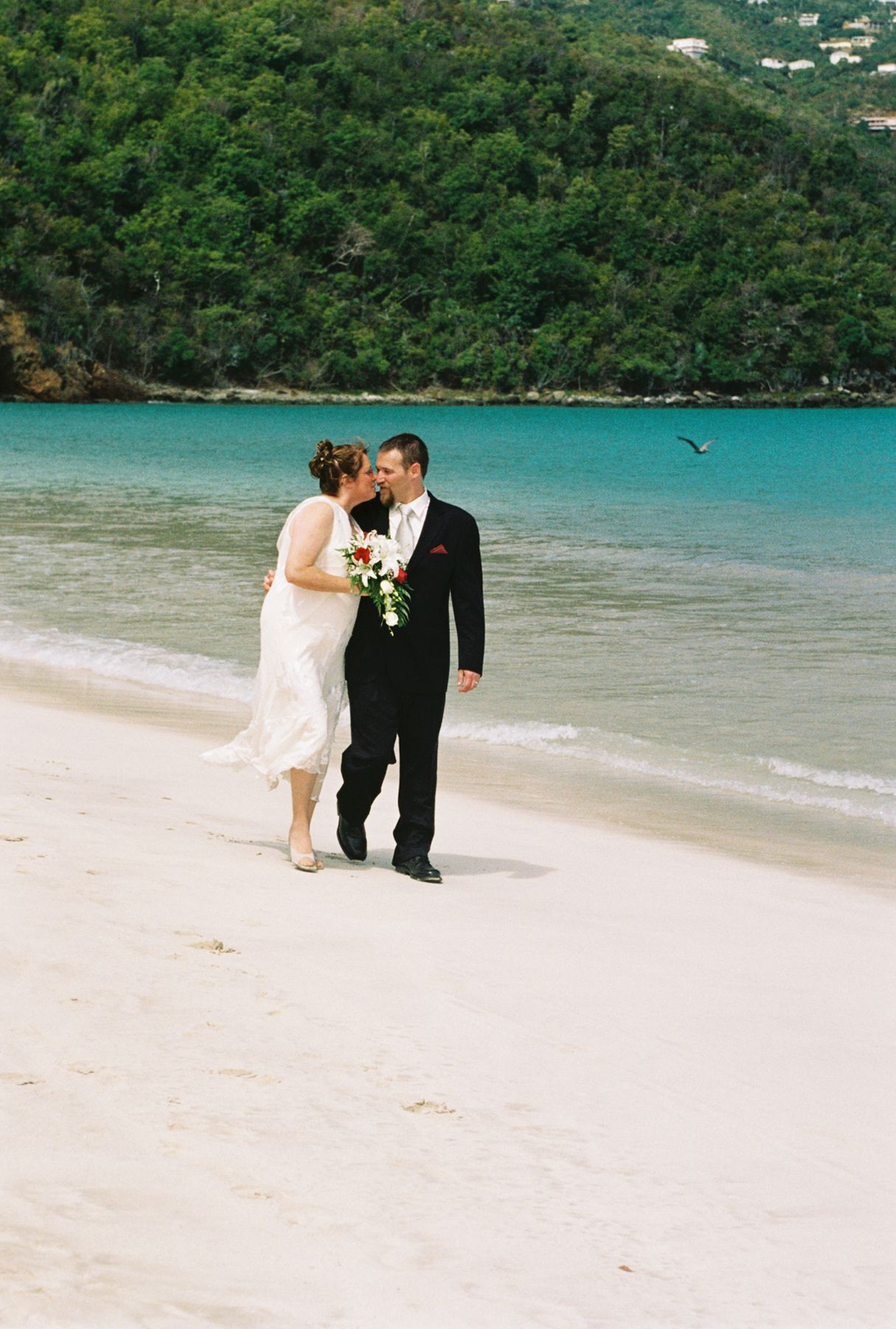 Heart Shaped Beach Magen S Bay St Thomas Usvi Weddings The Island Way
