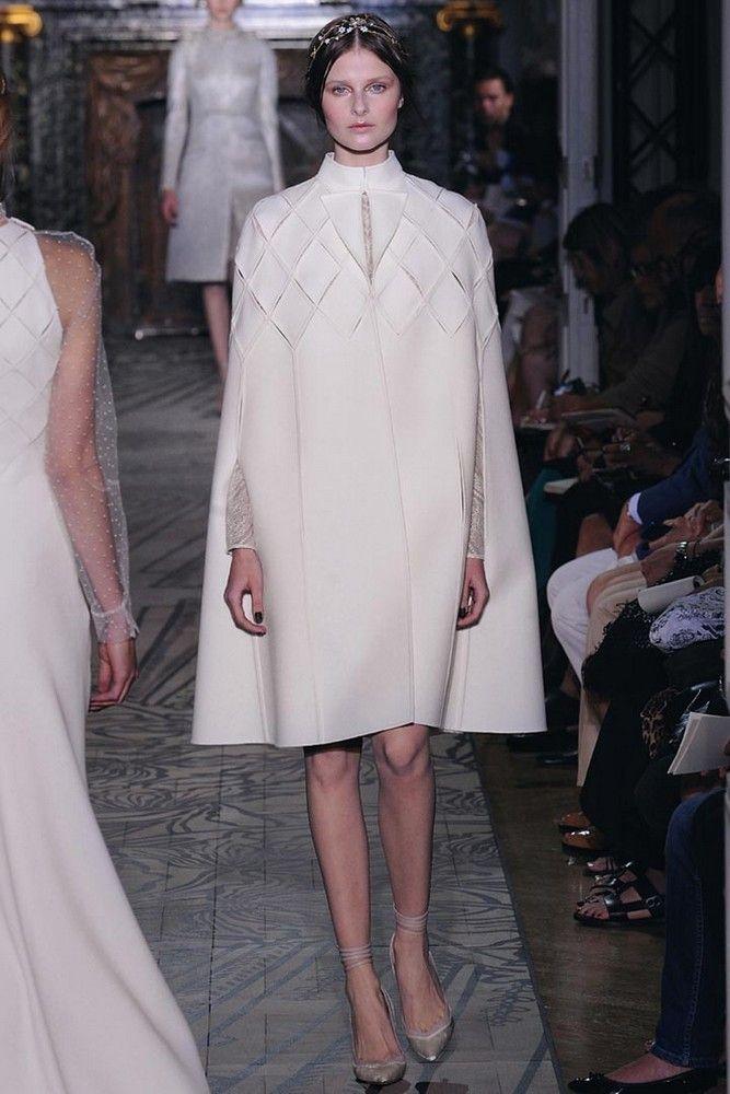 133e8504c Показ женской коллекции Valentino Haute Couture осень-зима 2011/12 —  MULTIBRAND.RU – модные бренды, шопинг, тенденции