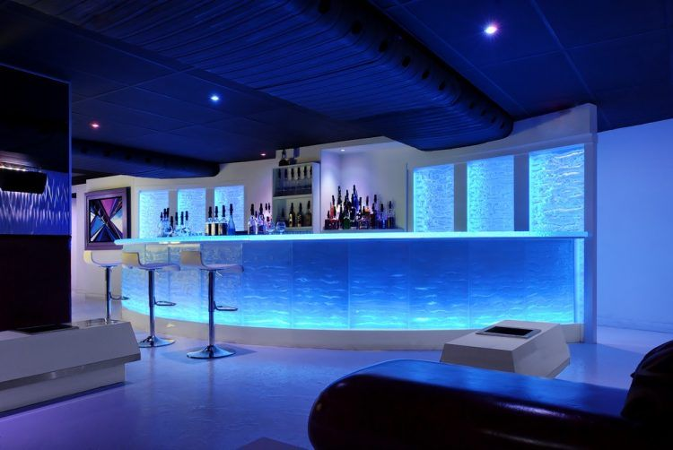 10 Of The Most Lavish Home Bars We Ve Ever Seen Modern Home Bar