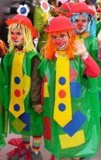 C mo hacer un disfraz casero de carnaval hallowen pinterest - Deguisement sac poubelle ...