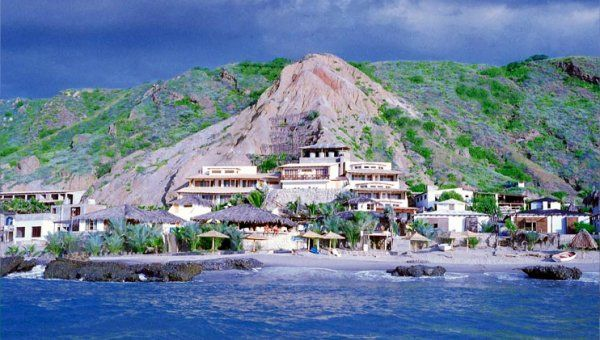 Peru Beach Hotels Caballito De Mar Is