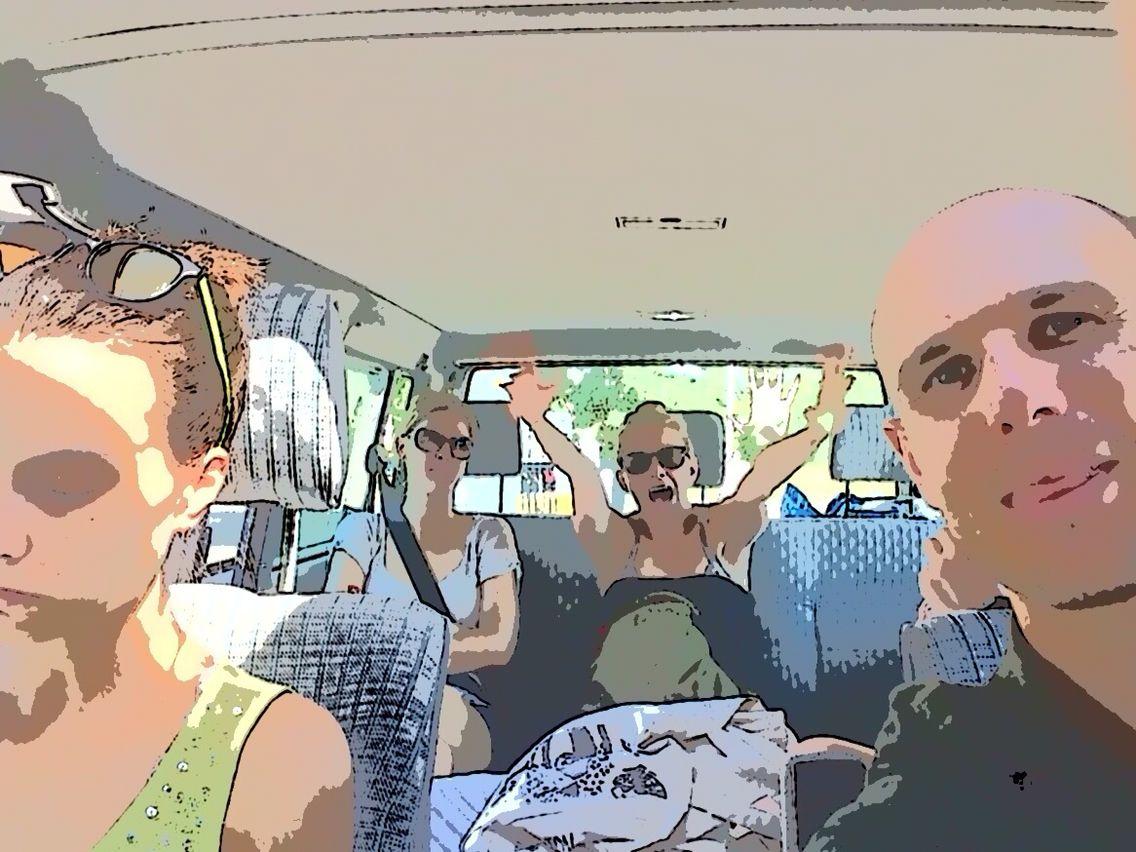 T4. Saturday. Happy Van. Travel with Friends. #T4#VW#Multivan#Transporter#Van#Car#Travels#T4MusicTravels#Maja#Ania#Justa#Iza#Sokół