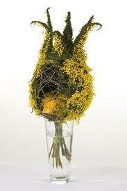 mimosa. composizione Italian Sanremo Flowers #bouqet #flowers #riviera #festival #essenzadiriviera.com