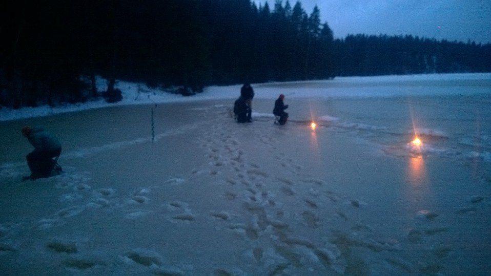★ Fresh Orange ★ Ice fishing with candles before group getting to sauna  Pilkintää ennen saunaa https://www.facebook.com/malle.taar/posts/10203765057147059