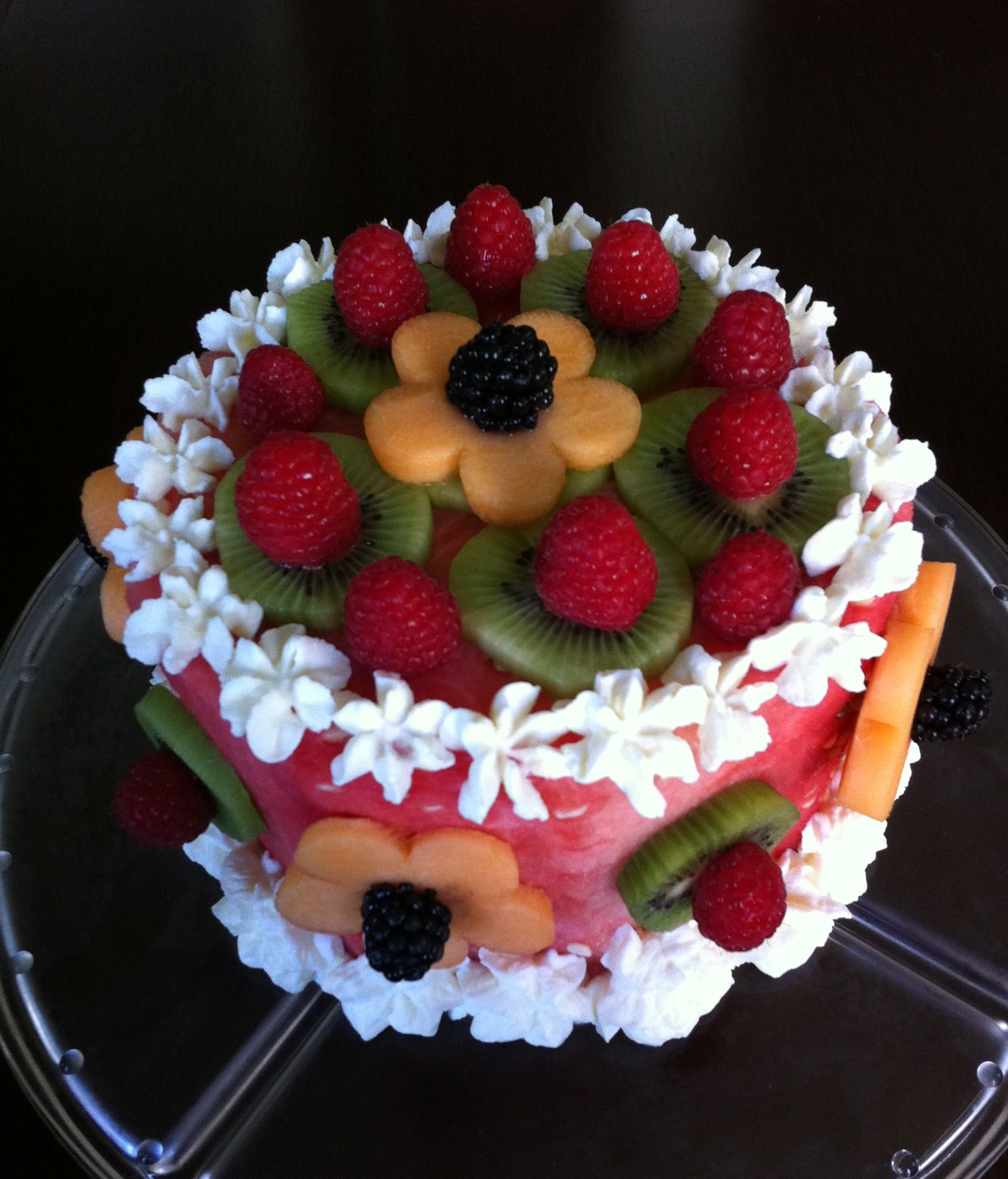 Cake With Fruit Pinterest : Watermelon fruit cake. Plain whipped cream with no sugar ...