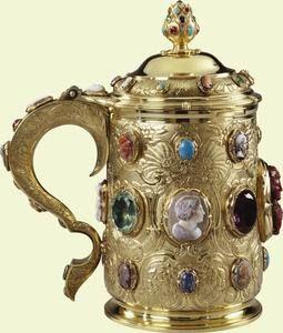 King George IV's Cameo And Bejeweled Tankard Made Of Silver-Gilt, Agate Onyx, Sardonyx, Jasper, Amethyst, Siberian Amethyst, Chrysoprase, Emeralds, Ruby, Russian Aquamarine, Russian Green Beryl, Sapphires From Sri Lanka, Pink Sapphire And Turquoise