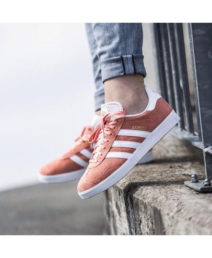 Adidas Gazelle OG Trainers In Pink