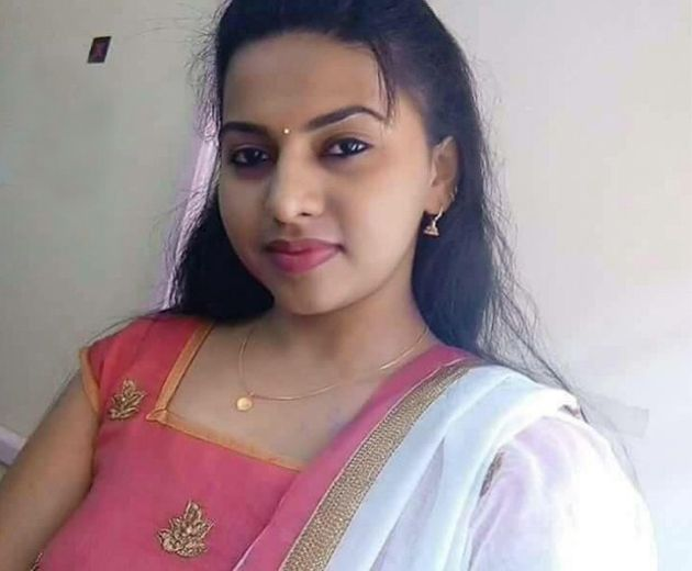 tamil dating girl photo Tamil dating girl photo places to meet tamil girls when in india i think you can  meet tamil girls in dubai or in nagasaki or online i like this dark exotic look that .