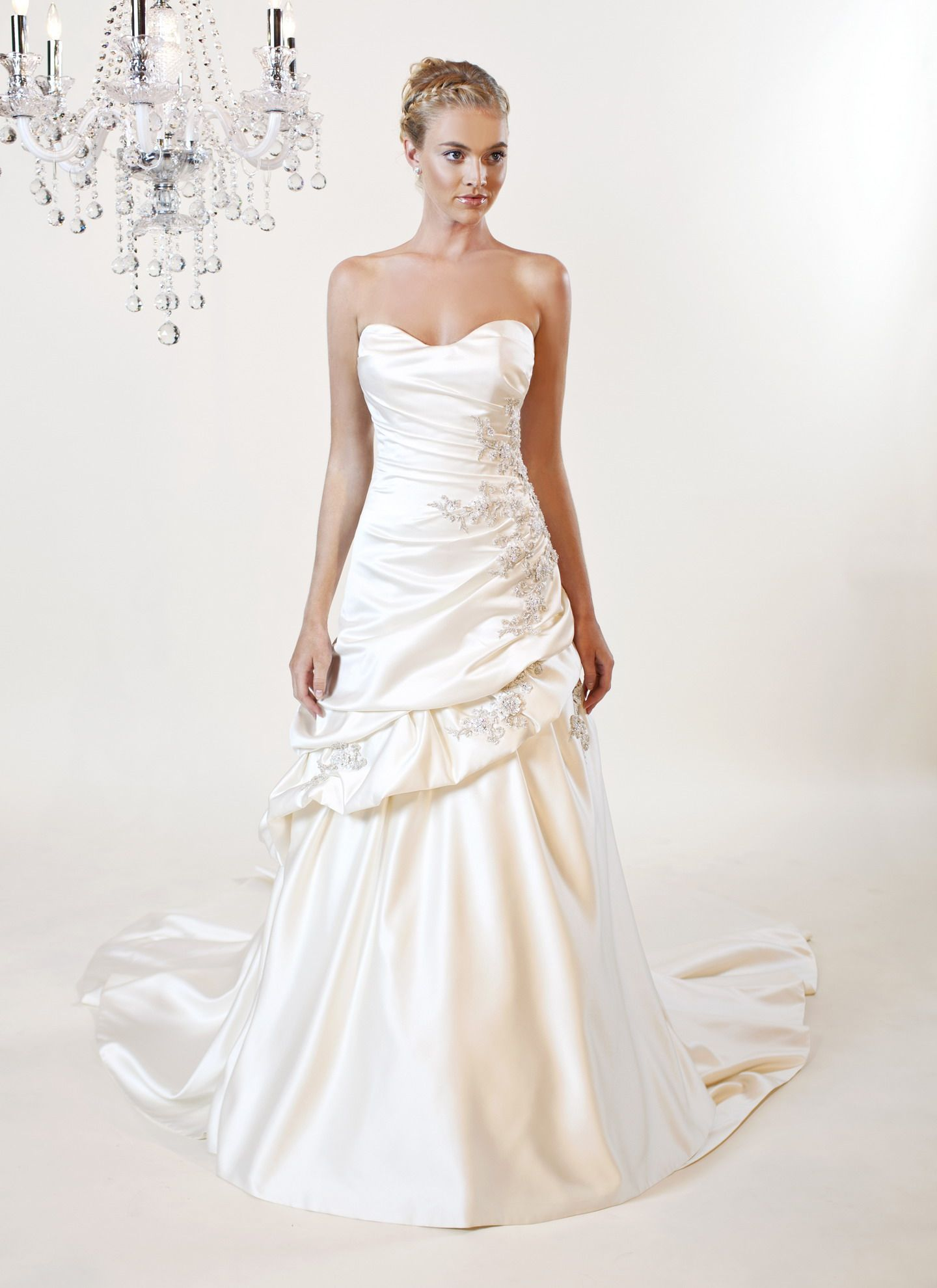 2012 Winnie Couture Bridal Collection wedding dress