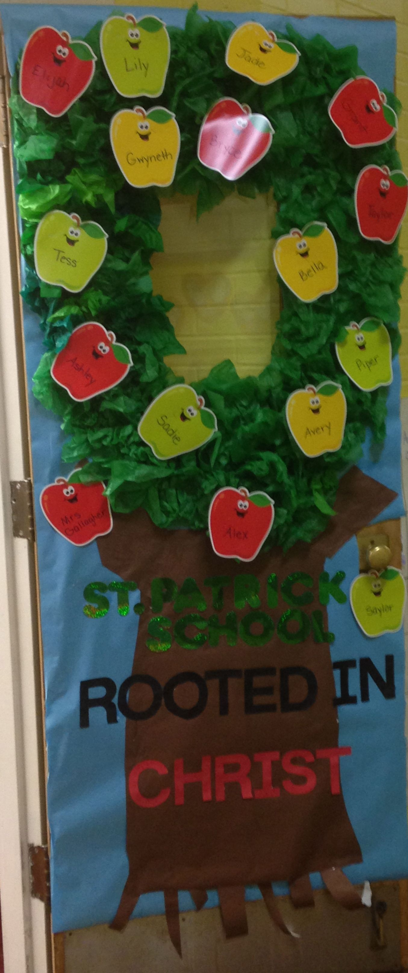 Catholic schools week apple tree door classroom door for Apple tree classroom decoration
