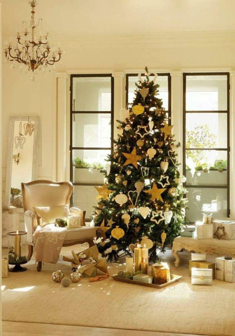 Weihnachtsbaum Wohnzimmer Originell Dekoriert Golden