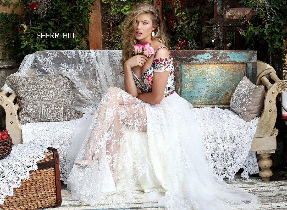Mexican style wedding dress  Style   Mr Jones u Me  Pinterest