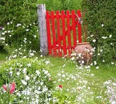 Freda's famous red gate - Google Search