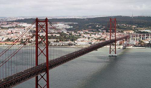 Lisboa Ciudad De Los Sentidos Bay Bridge Explore Photo