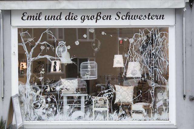 Emil und die gro en schwestern weihnachtswunderladen for Dekoladen hannover